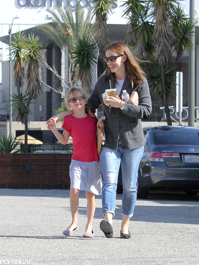 Jennifer Garner and Violet Affleck walked together.