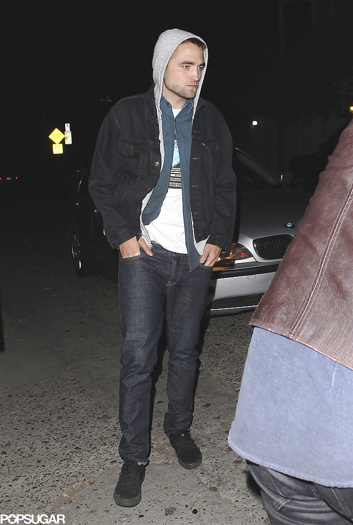 Robert Pattinson wore a hoodie.