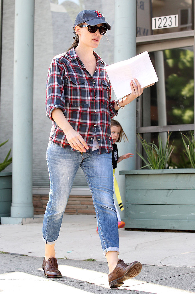 Jennifer Garner Kicks Off Her Weekend With Her Kids' Karate Class