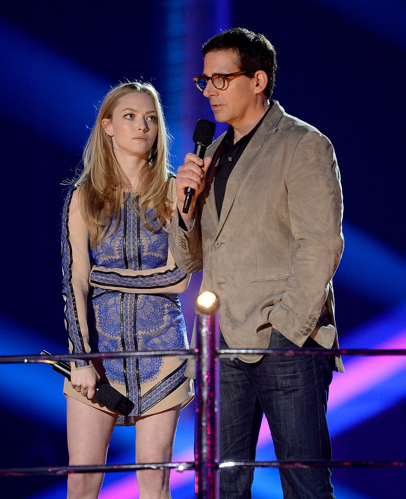 Amanda Seyfried and Steve Carell stood side by side on stage.