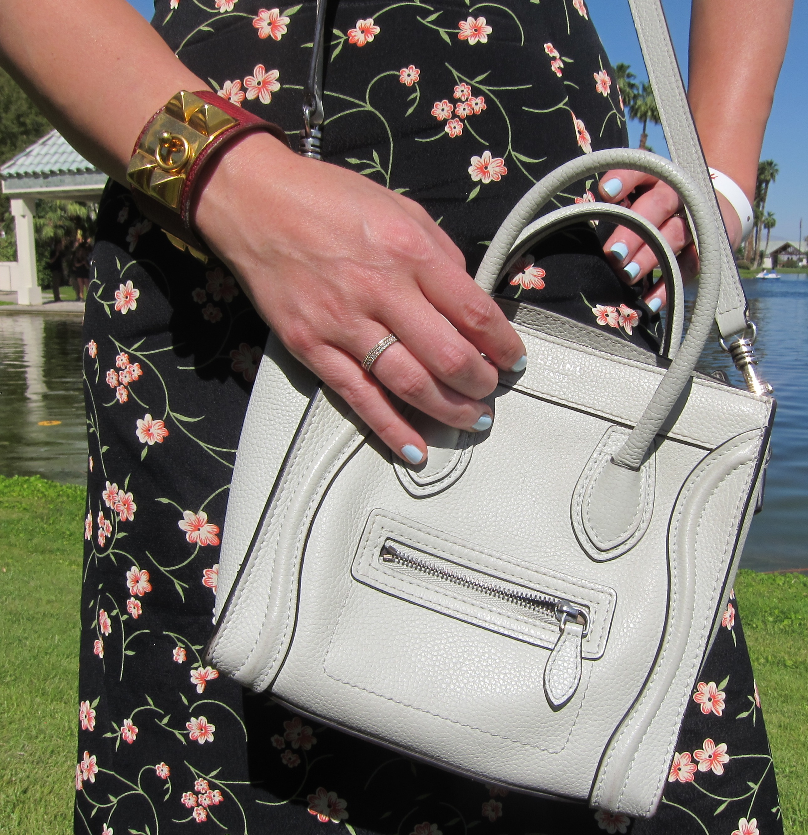 A baby-blue manicure matched magnificently with a Céline bag. Photo: Meg Cuna