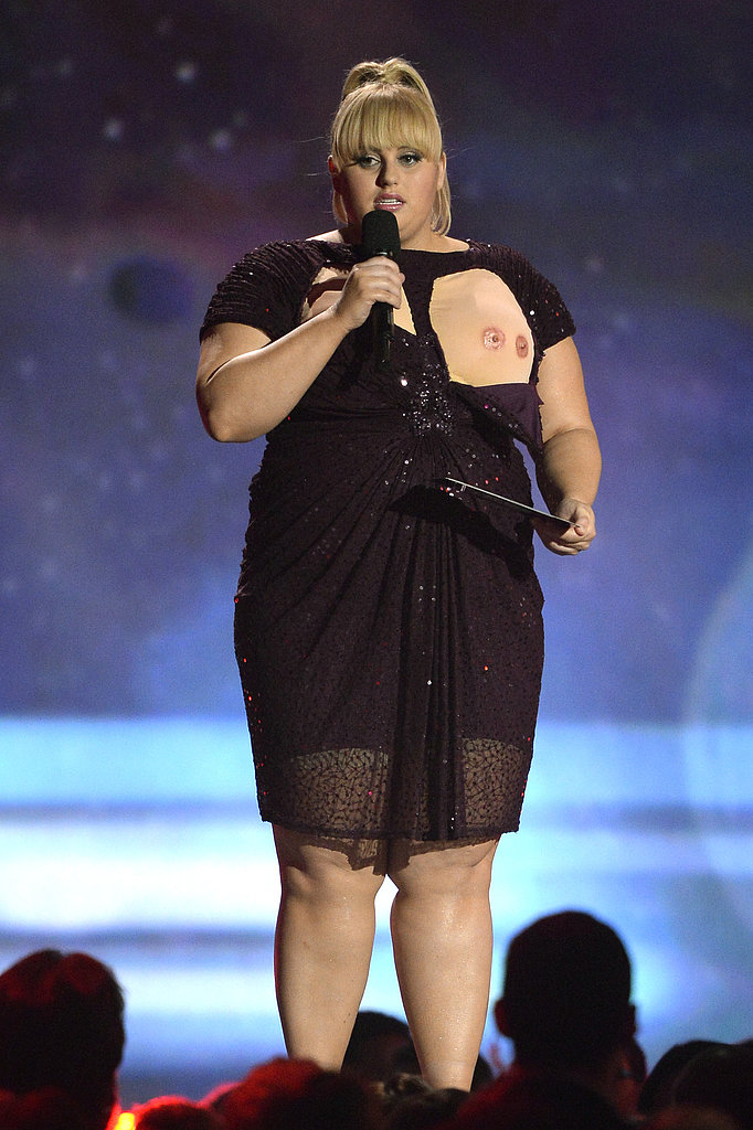 Rebel Wilson flashed her third nipple.
