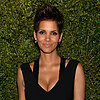 Pregnant Halle Berry Small Baby Bump Pictures at NYC Event