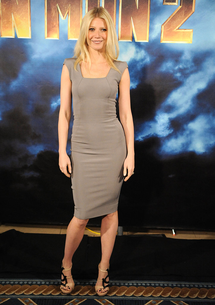 Gwyneth nailed the minimalist trend in a taupe Victoria Beckham dress and geometric Georgina Goodman sandals.