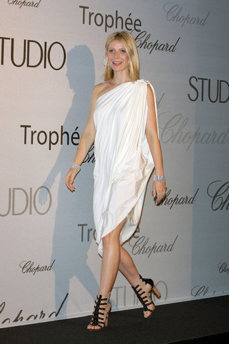 Gwyneth channeled her inner Grecian goddess in a one-shoulder Lanvin number and Balmain gladiator heels during the 2008 Cannes Film Festival.