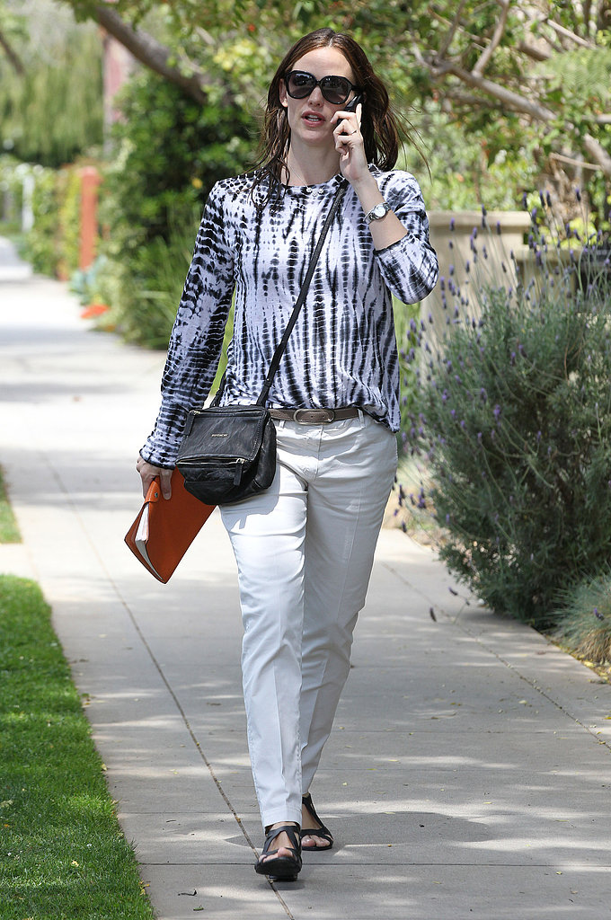 Jennifer Garner chatted on the phone in Santa Monica.