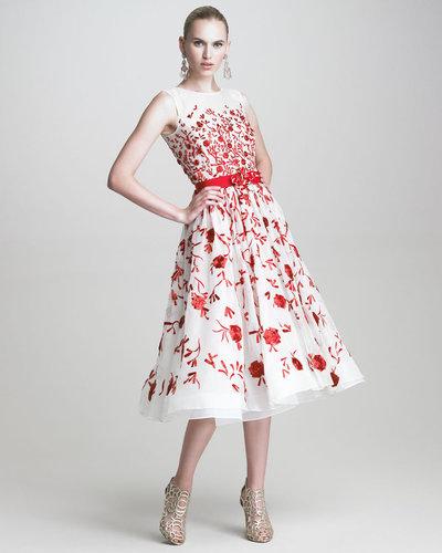 Oscar de la Renta Sleeveless Embroidered Dress