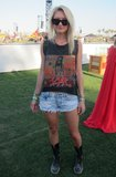 You can never do wrong in a rocker tee and boots at Coachella. Source: Chi Diem Chau