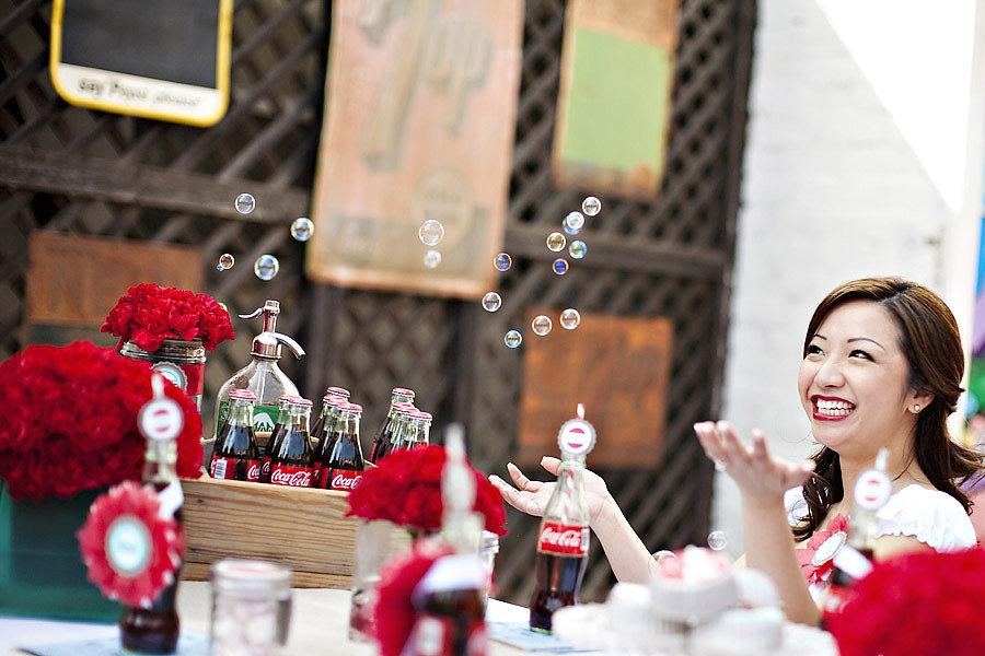 Soda Pop Shop Photo by Sarina Love via The Wedding Chicks