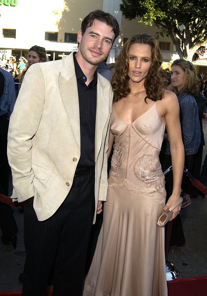 Scott Foley and Jennifer Garner met on the set of Felicity in 1998 and were married in October 2000. Jennifer filed for divorce in May 2003 and went on to date Alias costar Michael Vartan before meeting Ben Affleck in 2004.