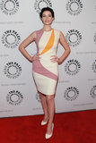 Jessica Paré wore a mod-inspired frock.