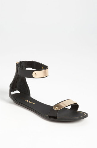 Report Metal Bar Sandal