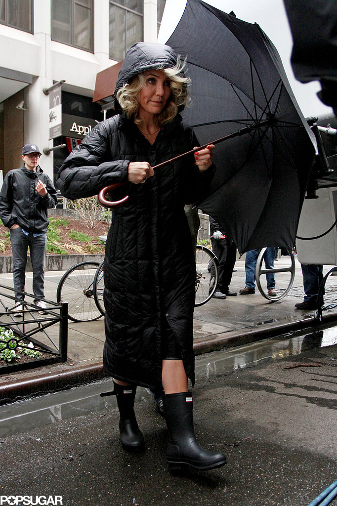 Cameron Diaz wore rain gear on her NYC set.