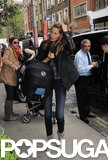Gisele Bündchen carried Vivian Brady to their London hotel.