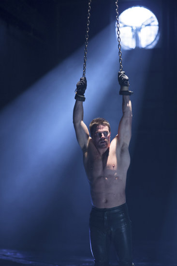 Arrow Season Finale Pics: Shirtless Oliver From Every Angle