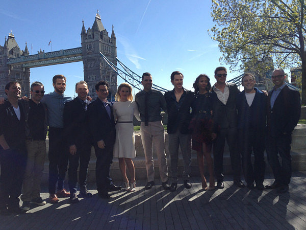 The cast of Star Trek Into Darkness gathered for a photocall. Source: Twitter user simonpegg