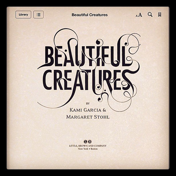 Steph702 was reading Beautiful Creatures on a Kindle.