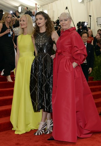Vanessa Redgrave with her daughter and granddaughter at the Met Gala 2013.