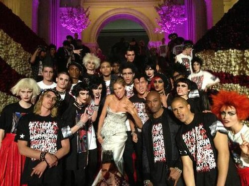 Heidi Klum got her party on with a group of punk partygoers. Source: Twitter user heidiklum