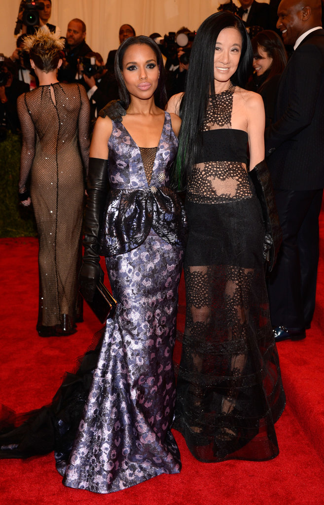 Kerry Washington and Vera Wang stuck together on the carpet.