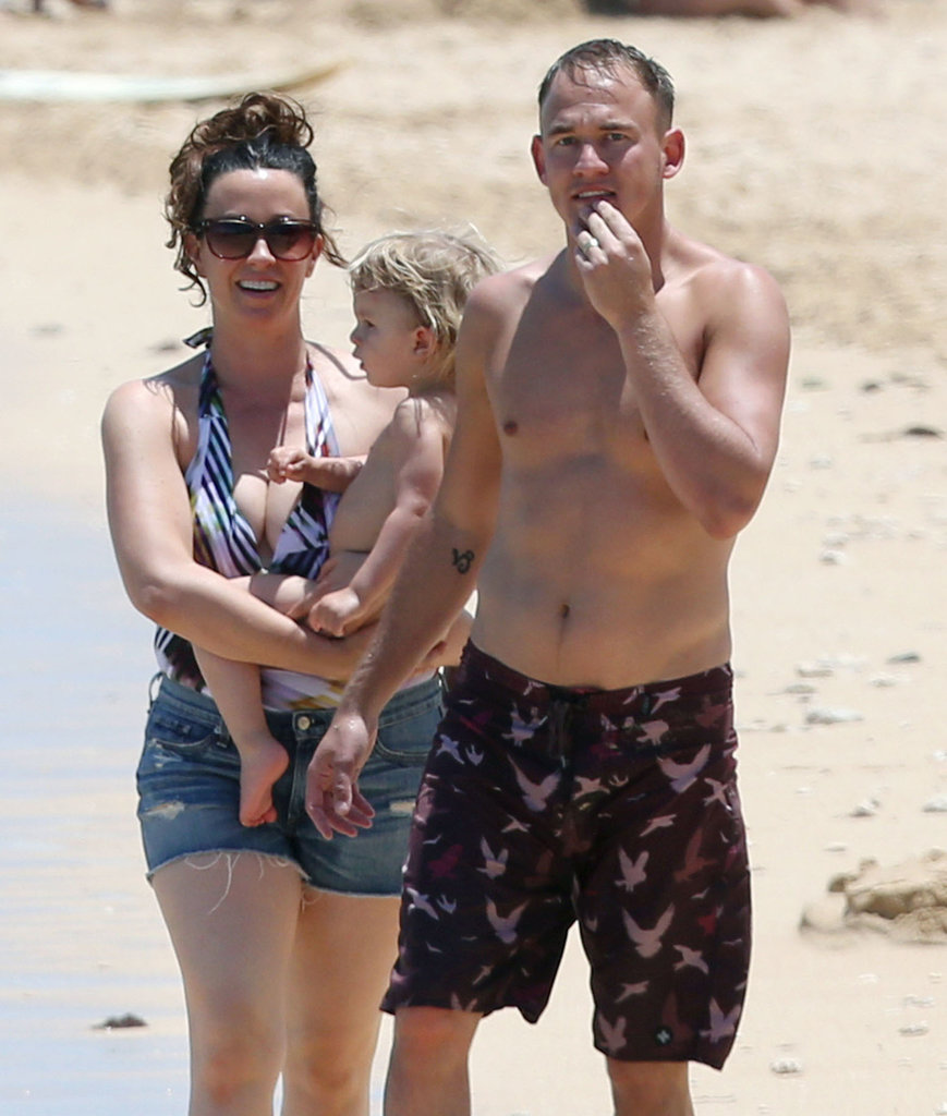Alanis Morissette and her husband, Mario Treadway, enjoyed a day on the beach with their son, Ever, in Hawaii on Sunday.