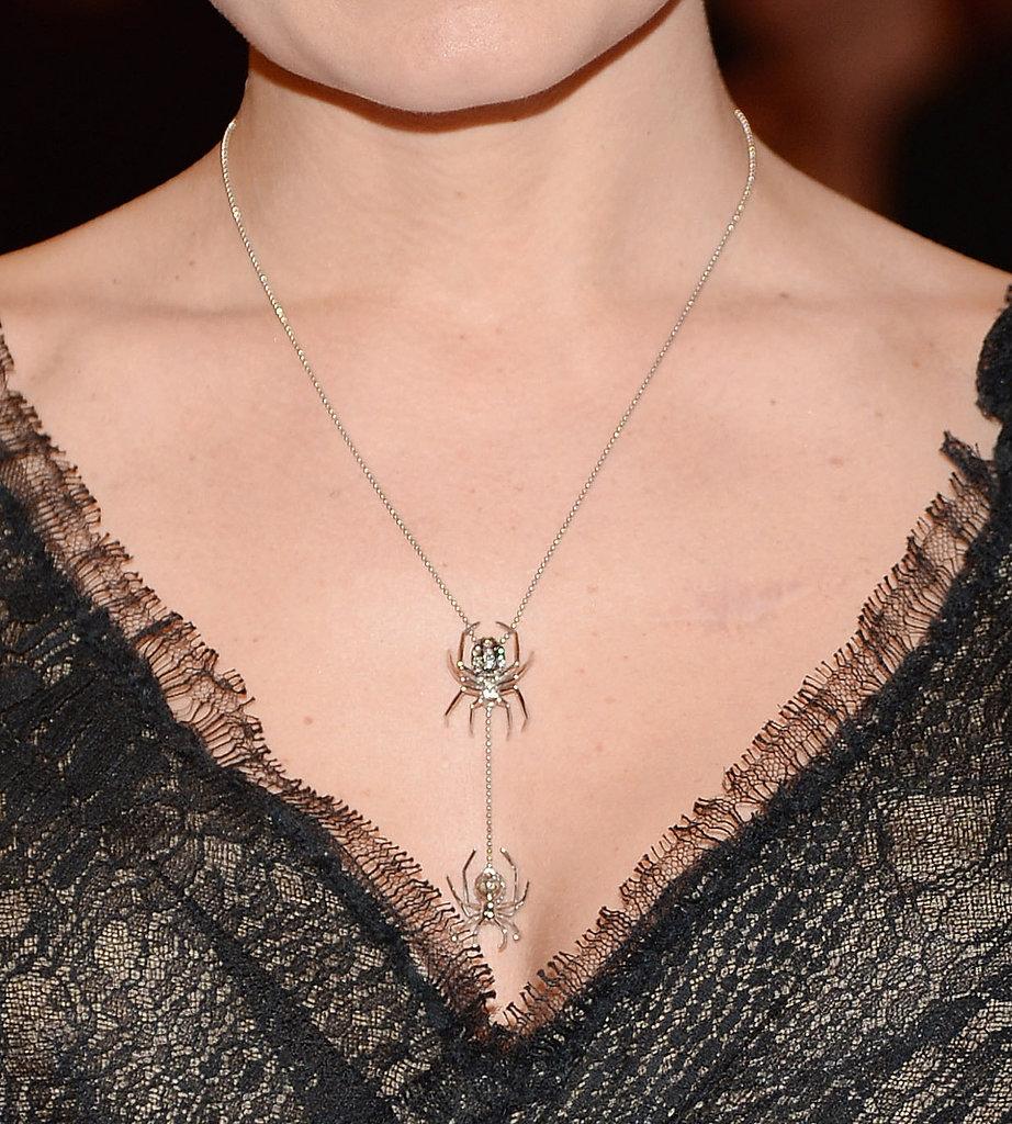 Jennifer Morrison wore a necklace by J.Herwitt.