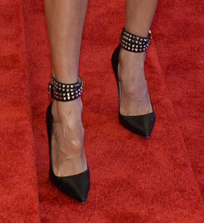 Karolina Kurkova wore studded black ankle-strap pumps.