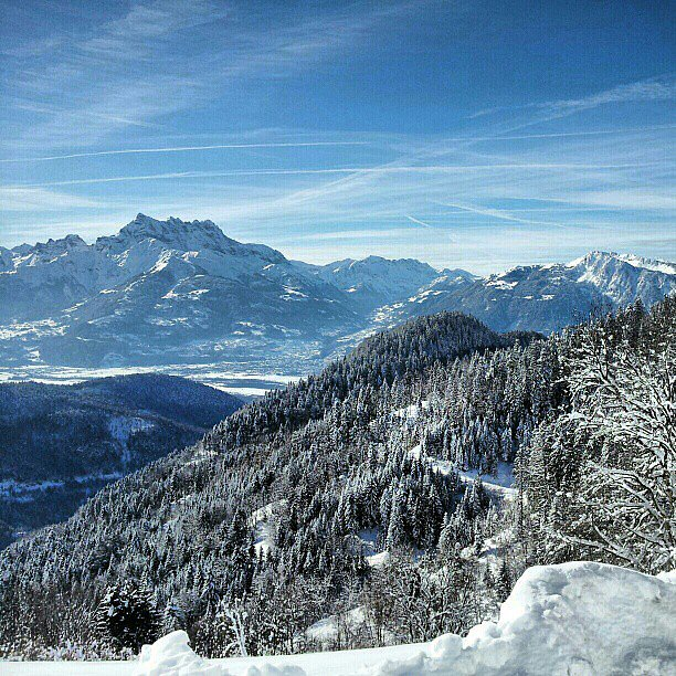 We're pretty jealous that this reader got to snowshoe in the Swiss Alps. Looks like a dream. Source: Instagram user brittanyhowes42
