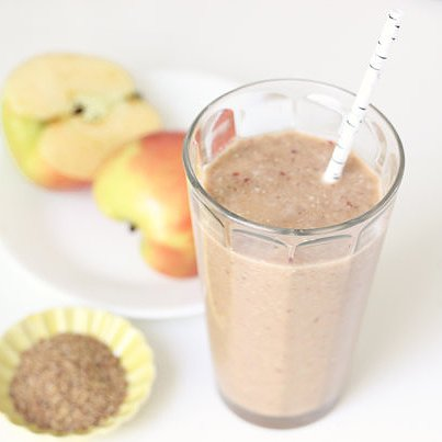 Apple Flaxseed Cinnamon Smoothie Recipe