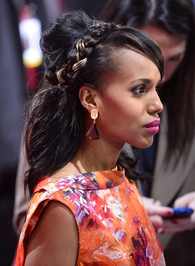 The addition of a highlighted, braided headband to Kerry's half-up style gave the look an unexpected edge as she attended the Django: Unchained premiere in Berlin. And she clearly knows how to rock a bright fuchsia lip.