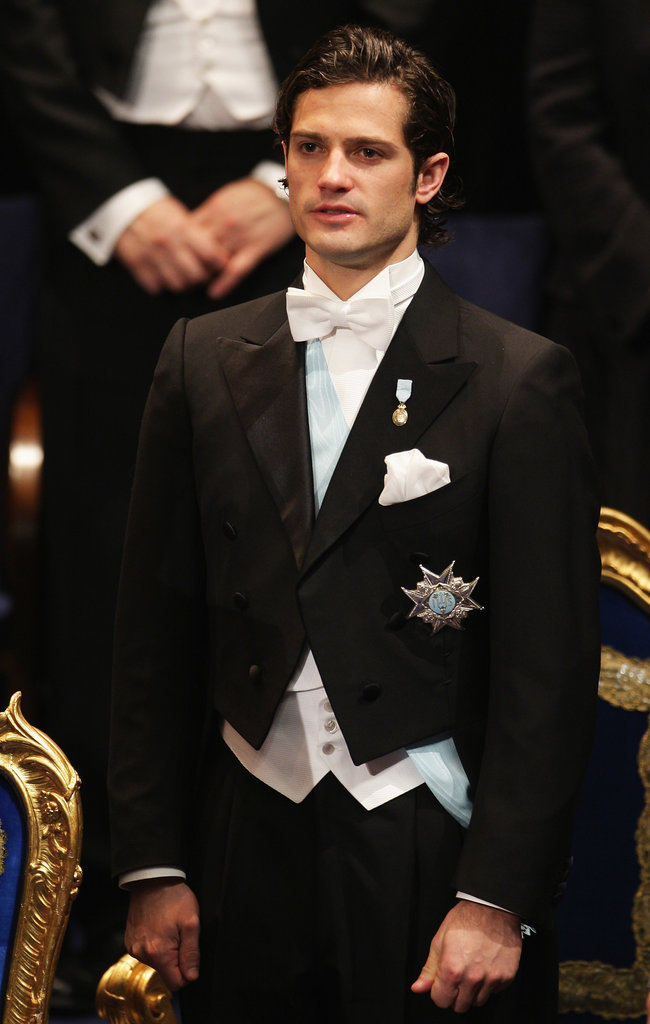 The prince was looking mighty fine in his white tie during 2007 Nobel Prize festivities.