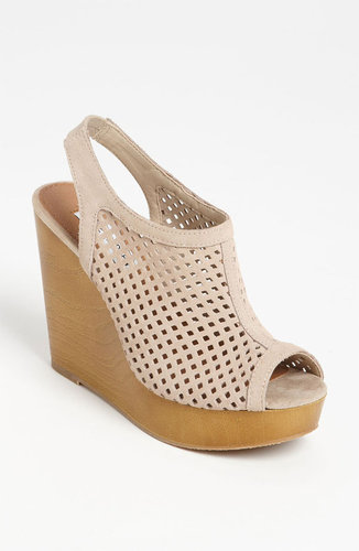 Steve Madden &#039;Syrrus&#039; Wedge Sandal