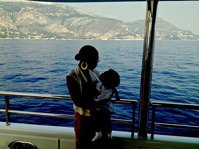 Beyoncé cuddled baby Blue Ivy Carter during a December 2012 vacation in St. Tropez. Source: Tumblr user Beyoncé Knowles