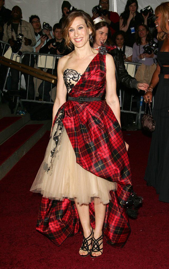 The Alexander McQueen-clad starlet stunned on the Met Gala steps in 2006. From the mixed lace-and-tartan print to the full-tulle skirt, this one-of-a-kind creation embodied every ounce of SJP's signature style.