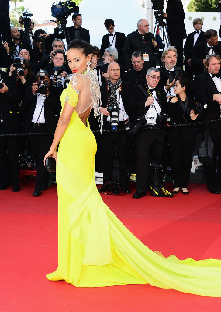 Selita Ebanks amped up the sex appeal on the Blood Ties red carpet in a bright yellow Gabriela Cadena gown with a dramatically bejeweled back cutout.