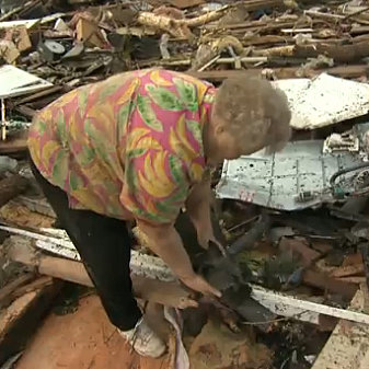 Woman Finds Dog After Oklahoma Tornado