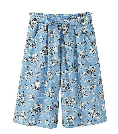 These Uniqlo knee-length printed shorts ($30) are dying to go on a sailing trip.