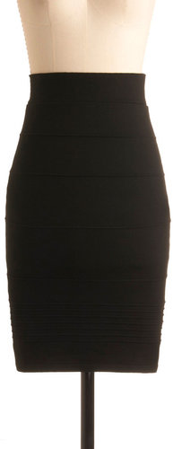 Promptness is Posh Skirt in Black