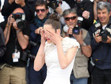 Marion Cotillard suddenly teared up at the photocall for The Immigrant.
