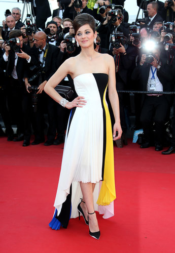 Marion Cotillard stuck to Dior in a strapless colorblocked gown at the Blood Ties premiere at the Cannes Film Festival.