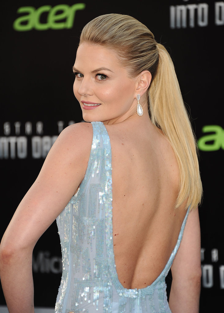 At the Star Trek Into Darkness premiere, Jennifer Morrison sported a ponytail with a slight bump in front. Tease hair at the roots, then backcomb for a similar style.