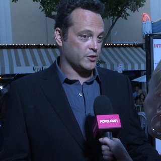 Vince Vaughn Interview at The Internship Premiere (Video)