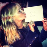 Lara Bingle kissed the name card of her boyfriend, Nick Cohen. Source: Instagram user mslbingle