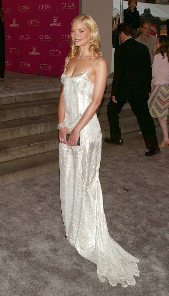 Wearing a simple white floor-sweeper in 2003, Jaime King brought to mind another lithe blond fashion icon: Carolyn Bessette-Kennedy.