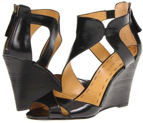 Nine West - MissFitz (Black Leather) - Footwear