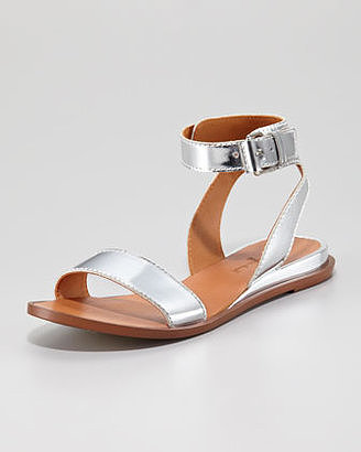 Add these 7 For All Mankind Maura Specchio leather flat sandals ($132, originally $198) for an instant outfit update.