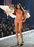 In November 2007, Adriana Lima got sexy on the catwalk for the Victoria's Secret Fashion Show in LA.