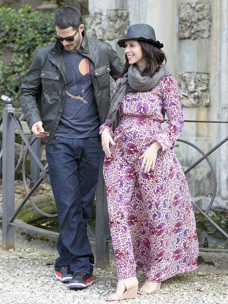 Brian Hallisay and Jennifer Love Hewitt walked through Florence, Italy.