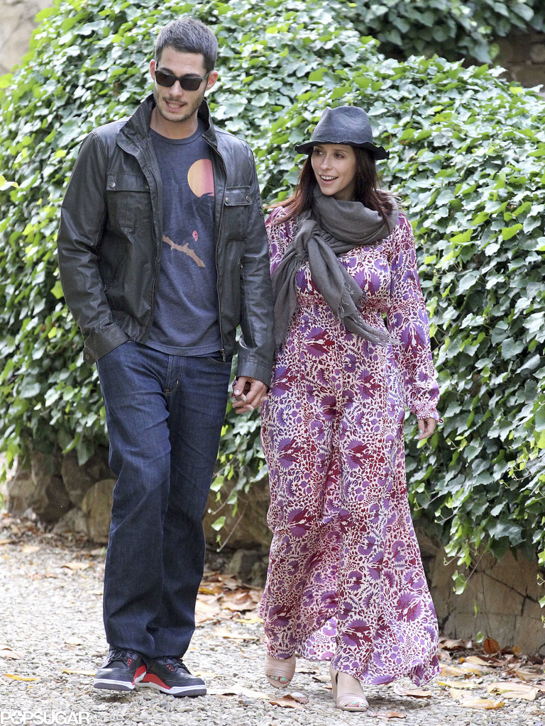 Jennifer Love Hewitt and Brian Hallisay walked through an Italian park in May.
