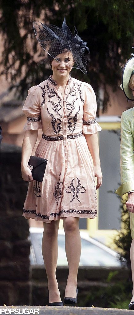 For a July wedding last Summer, Pippa chose an embroidered button-up style that had a bit of a gypset feel to it.